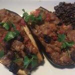 Imam Bayildi recept met kruidig gevulde aubergines