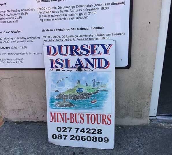 Een aanrader voor wie niet graag de lange wandeling maakt over het eiland, Johhny vertelt je alles wat je wilt weten over Dursey en zijn bewoners